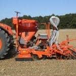 Сеялки за есенници за малки трактори